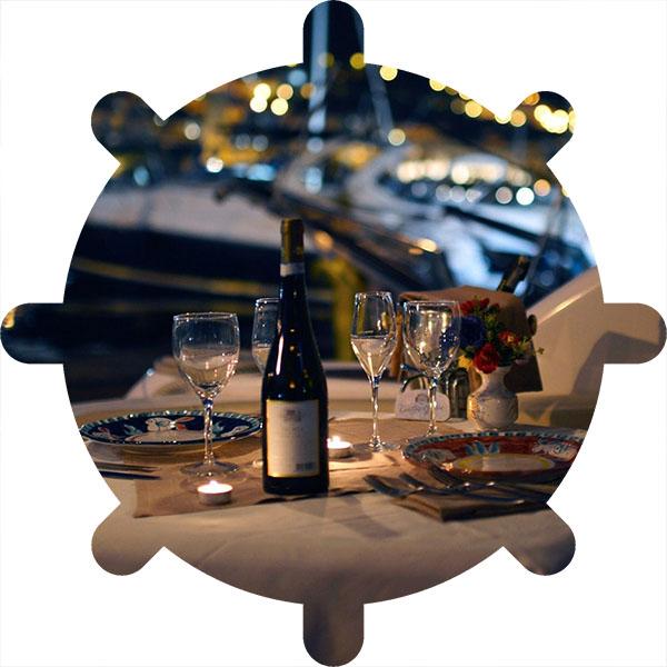 ужин на яхте